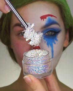 "kryolanofficial Clown White mehronmakeup Red, Blue, Light Blue Colours makeupforever M-20 Aqua XL Color Pant colourpopcosmetics She's Rainbow Palette hudabeauty Rose Gold Palette Remastered hudabeautyshop Life Liner and Jacqueline Lashes anastasiabeverlyhills ""American Doll"" Liquid Lipstick #joker #jokermakeup #makeup #makeuptutorial #halloween #halloweenmakeup #makeupartist #makeupoftheday #makeupideas #makeuplooks #halloweencostumes #facepainting Clown Halloween, Cute Halloween Makeup, Halloween Tags, Halloween Makeup Looks, Halloween Ideas, Halloween Costumes, Clown Makeup, Costume Makeup, Eye Makeup"