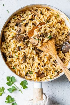 Mushroom Stroganoff Skinny Taste, Pasta Recipes, Dinner Recipes, Cooking Recipes, Ww Recipes, Dinner Ideas, Recipies, Mushroom Stroganoff, Beef Stroganoff