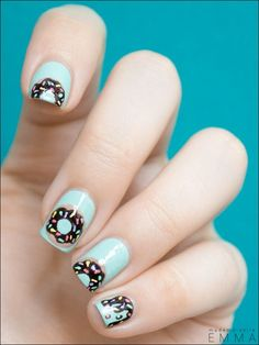 How sweet are these ‪#‎doughnut‬ ‪#‎nails‬? Photo || Pinterest ‪#‎nailart‬…
