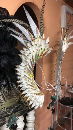 Carnival Diy, Carnival Costumes, Arte Plumaria, Costume Carnaval, Samba, Tropical, Projects To Try, Wings, Halloween