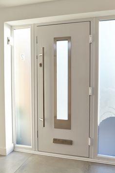 Composite front doors and back doors give you the freedom to choose. Design your own composite door online now with Eurocell. Wooden Main Door Design, Door Gate Design, Front Door Design, Modern Entrance Door, Modern Door, Entry Doors, Composite Front Door, Contemporary Front Doors, Front Doors With Windows