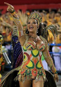 Carnaval, Rio de Janeiro, 2012 Carnival Dancers, Carnival Girl, Brazil Carnival, Carnival Costumes, Girl Costumes, Brazilian Women, Beauty And Fashion, Beautiful Costumes, Costume Design