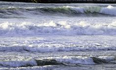 Love the layers of waves!
