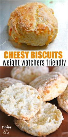 Healthy Weight These Cheesy Biscuits with Two Ingredient Dough - Weight Watchers Friendly are similar to biscuits from that popular seafood chain. But at only 2 points each, you can enjoy them without guilt. An easy Weight Watchers recipe! Weight Watcher Dinners, Weight Loss Meals, Plats Weight Watchers, Weight Watchers Breakfast, Weight Watchers Smart Points, Weight Watchers Diet, Weight Watchers Bread Recipe, Weight Watchers Motivation, Weight Watchers Cheesecake