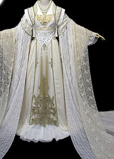 0ee569a120c8 Ancient Chinese Stage Palace Empress Costume National Costume Halloween  Costumes Hanfu Chinese Dresses Chinese Clothing Costume