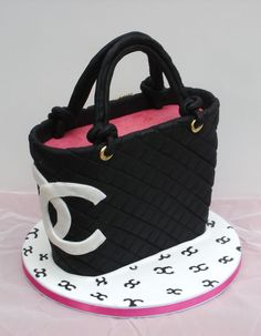 Bobbette & Belle offers unique special occasion cakes for celebrating a birthday, an anniversary, a shower or an unforgettable gathering of friends and family. Custom special occasion cakes are designed and crafted to your exact specifications. Cupcakes, Cupcake Cakes, Coco Chanel Cake, Gift Box Cakes, Handbag Cakes, Purse Cakes, Shoe Cakes, Birthday Cakes For Women, Fashion Cakes