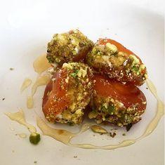Mascarpone stuffed dried apricots. Stuffed turkish apricots.