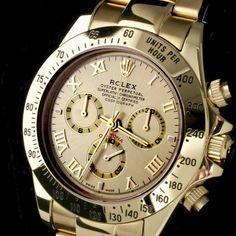 Часы ROLEX Daytona http://chasiki19.apishops.ru/ Тип: кварцевые, мужские. Хронограф: да. Материал: нержавеющая сталь. Функции: часы, минуты, секунды. Цвет циферблата: золотой, белый. Длина ремешка: 240 мм. Диаметр циферблата: 38 мм.