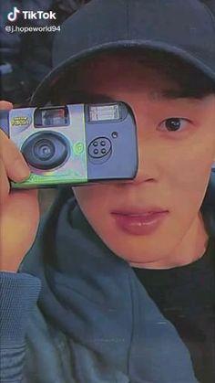 Foto Jimin Bts, Jimin Jungkook, Bts Taehyung, Jimi Bts, Jimin Pictures, Bts Aesthetic, Park Jimin Cute, Bts Aegyo, Bts Concept Photo