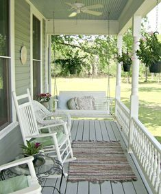 40 Rustic Farmhouse Front Porch Decorating Ideas January Leave a Comment Farmhouse porches are designed for comfort. They are usually large, inviting, and can accommodate the always favorite porch swing rocking chairs too! Home Porch, House With Porch, Farm House Porch, Cottage Porch, Porch And Balcony, Victorian Farmhouse, Rustic Farmhouse, Modern Victorian, Victorian Porch
