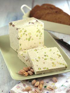 halva cu fistic Pastry Recipes, Sweets Recipes, Cake Recipes, Romanian Desserts, Romanian Food, Peach Yogurt Cake, Halva Recipe, Vegan Sweets, Food Cakes