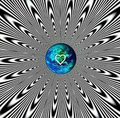 anni ka - Google+ Fractals In Art, Fractal Art, Hippie Art, Hippie Trippy, Illusion Art, Crazy Colour, Visionary Art, Heart Art, Optical Illusions