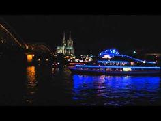 Schifffahrt auf dem #Rhein bei den Kölner Lichtern 2012 http://www.ausflugsziele-nrw.net/koelner-lichter/