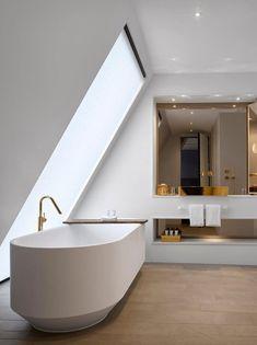 Nobu Hotel in London by Ben Adams Architects 18 Best Bathroom Vanities, Modern Bathroom, Bathroom Sets, Bathroom Bin, Gold Bathroom, London Hotels, Bathroom Interior Design, Modern Interior Design, Hotel Restaurant