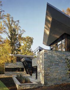 Architect David Jameson designed the Glenbrook Residence in Bethesda, Maryland