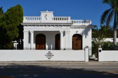 The Historic Villa Paula calls for local artists to participate in a plein air competition June 20-25, 2016 --> famous as Miami's original Cuban Consulate located at 5811 North Miami Avenue in Miami, Florida 33127 - the magnificent property has been restored, a local landmark being preserved as an art gallery and museum for the community. *Call For Artists details/registration: http://villapaula.businesscatalyst.com/#about