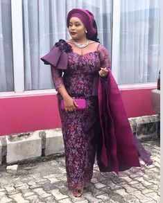 Latest Asoebi styles - 2020 Aso Ebi Lace Styles: 20 Trendy Designs for Parties. Aso ebi styles are one of those fashion trends that will always remain releva. Aso Ebi Lace Styles, African Lace Styles, Lace Dress Styles, African Lace Dresses, African Dresses For Women, African Attire, Ankara Styles, African Men, African Style