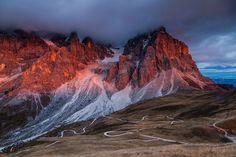 Mikolaj Gospodarek Captures The Majestic Beauty Of The Dolomites Mountains   #art #dolomites #germany #italy #landscape #landscapephotography #mountain #munich #outdoors #photography #travel