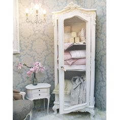 The Provencal Wire Fronted Demi Armoire is great for displaying beautiful perfume bottles or linens and because of its smaller size, it looks as great in the bathroom or hallway as it does in the bedroom.