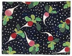 Maquette de papier peint et toile de lin, Les radis, 1913  Gabrielle Rousselin Manufacture Paul Dumas (Montreuil, 1838 - id., 1980) Inscriptions : « Modèle Ecole Martine Gabrielle Rousselin n° 3 papier peint et toile de lin imprimés par Paul Dumas » (à l'encre bleue, au dos) ; « A madame Boulet Poiret » (au crayon, sur le recto, en bas). Esquisse gouachée sur papier fort.