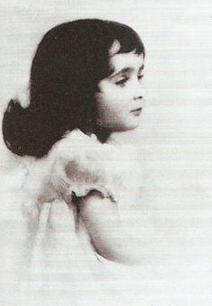 Elizabeth Taylor. The Silver Screen Affair: When They Were Kids
