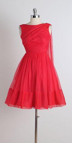 Stop Staring . vintage 1950s dress . vintage by millstreetvintage