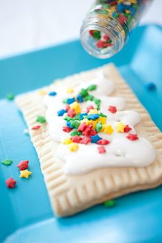 Homemade Pop Tarts (with recipe) - what a fun treat to bake and decorate with the kids!