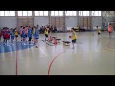 Cselek, kapura lövések előkészítései 3. osztályos gyerekekkel. - YouTube Activities For Kids, Basketball Court, Games, Youtube, Sports, Infant Games, Handball, Workout Exercises, Youth