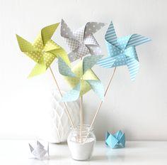 8 moulins à vent pour baptême, mariage, anniversaire, baby shower, photobooth... Coloris Gris, bleu et vert anis : Accessoires de maison par latelierdesconfettis