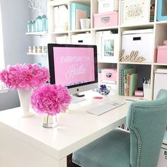 Scouring the web for great craft room and home office ideas? We've got you covered with a great home office and craft room tour. Home Office Space, Home Office Design, Home Office Decor, Office Ideas, Office Spaces, Apartment Office, Office Inspo, Feminine Office Decor, Office Designs