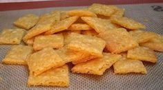 Gluten Free Cheez-It Crackers. Recipe uses a gluten free flour mix.I would need to replace that, but these look fun! Gluten Free Cheez Its, Gluten Free Flour Mix, Gluten Free Crackers, Gluten Free Treats, Gluten Free Baking, Dairy Free Recipes, Real Food Recipes, Snack Recipes, Cooking Recipes