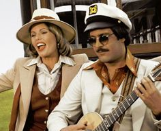 Captain & Tennille, husband and wife US Pop/Rock music duo, 1970's to 1980's