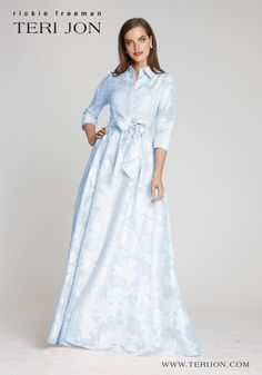 Stylish and feminine, this organza jacquard shirtwaist evening gown is the ideal dress for a Mother of the Bride, Mother of the Groom, or guest of a wedding. The delicate baby blue color and gracious floral pattern makes this gown perfect to wear an intimate outdoor wedding reception. Stylish Dresses, Casual Dresses, Dresses For Work, Tea Length Dresses, Dresses With Sleeves, Mob Dresses, Mother Of The Bride Dresses Long, Blue Evening Gowns, Harry Potter