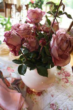 The house in the roses: Inner joy