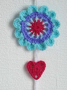 Cute crochet heart instructions.