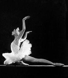 20 ярких фото Майи Плисецкой: Памяти великой балерины