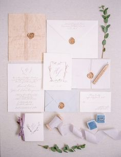 Romantic Calligraphy Invitations for a Mountain Wedding | Minted Photography on @mtnsidebride via @aislesociety