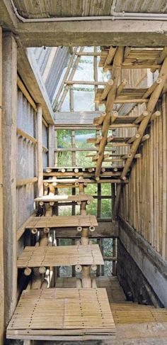 Bamboo Roof, Bamboo House, Bamboo Building, Natural Building, Bamboo Architecture, Interior Architecture, Bamboo Structure, Bamboo Construction, Bamboo Crafts