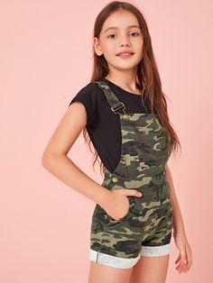 Girls Camo Print Patch Pocket Cuffed Hem Overall Shorts – Kidenhouse Teenage Girl Outfits, Girls Summer Outfits, Dresses Kids Girl, Cute Girl Outfits, Girls Fashion Clothes, Tween Fashion, Cute Outfits For Kids, Teenager Outfits, Teen Fashion Outfits