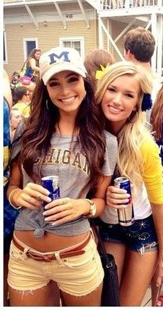love the brunettes hair!