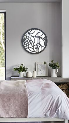 WOODMIRROR - LEAFMIRROR Wood Mirror, Tapestry, Furniture, Home Decor, Wood Trunk, Everything, Hanging Tapestry, Tapestries, Decoration Home
