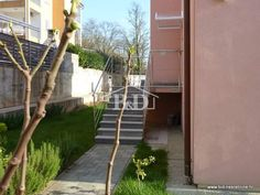 B&D real estate agency Obala 22 Malinska, Krk, Croatia E-mail: info@bid-nekretnine.hr Tel.: +385 (0)98 431 470 FAX.: +385 (0)51 859 970 http://www.bid-nekretnine.hr