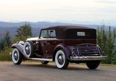 1932 Packard Twin Six Individual Custom Convertible Sedan by Dietrich luxury retro wallpaper