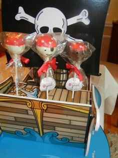 Pirate cakepops for a little captain's birthday! Ahoy!