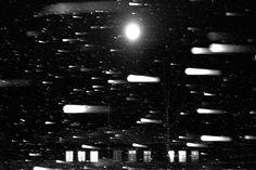 Quelle: dekoder / Für die Mari ist die Welt verzaubert, die Natur belebt.Ihre Zeremonien halten sie ab in heiligen Hainen. Der Fotograf Oleg Ponomarev hat die Mari in den Landstrichen der mittleren Wolgabesucht.