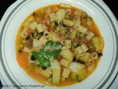 Cheeseburger Chowder, Thai Red Curry, Food And Drink, Soup, Pasta, Fish, Chicken, Ethnic Recipes, Hairstyles