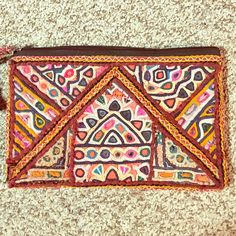 beatiful embroidery banjara purse boho hippie Beatiful multicolored embroidery banjara purse ... Beatiful hand made work from India  boho hippie chic Iyari corazon Bags