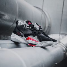 Nike Jordan Zoom '92 Black / Anthracite / Red Credit : Asphaltgold — #nike #jordan #sneakerhead #sneakersaddict #sneakers #kicks #footwear #shoes #fashion #style Latest Sneakers, Men's Sneakers, Custom Sneakers, Custom Shoes, Sneakers Fashion, Footwear Shoes, Nike Huarache, Air Jordans, Kicks