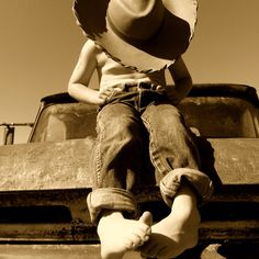 Love this pic of a little cowboy on the old truck! Little Boy Pictures, Kid Pictures, Little Cowboy, Little Boys, Big Project, Project Ideas, Picture Ideas, Photo Ideas, Photo Projects