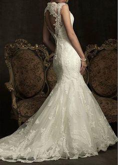 La nueva tendencia en vestidos de novia es el encaje. Elegante, seductor y romántico.